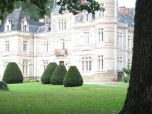 chateau mesnard la barotiere castle