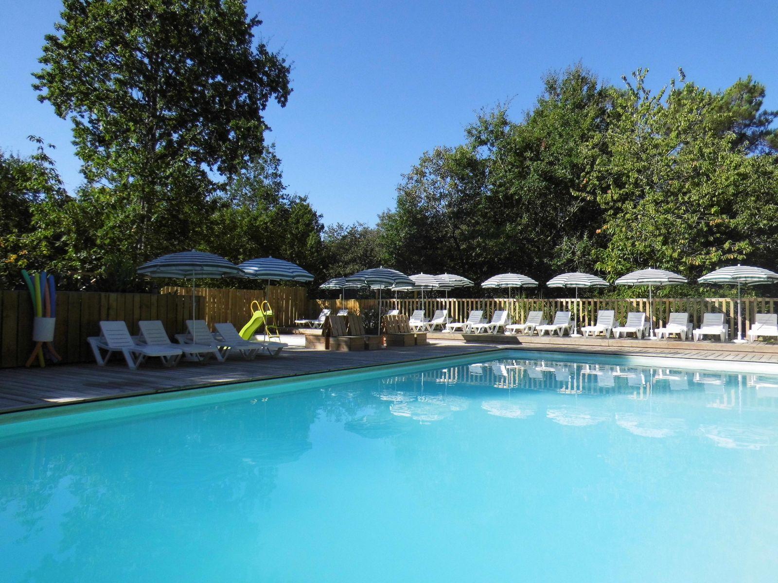 Castelwood Dordogne pool