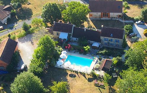 Dordogne gite outdoor pool