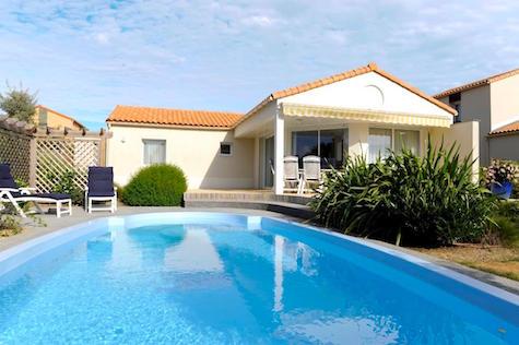 Villa in france pool