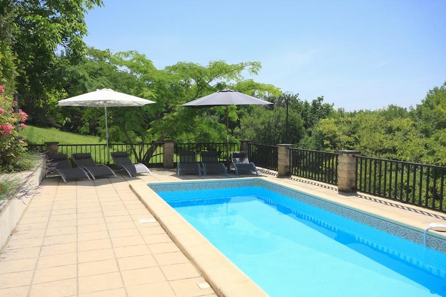 La Petit Baronnie gite Dordogne pool heated