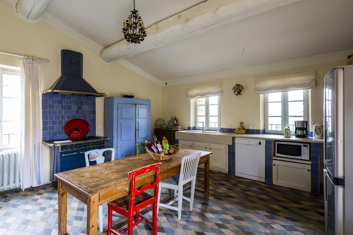 Hameau des Treimars kitchen