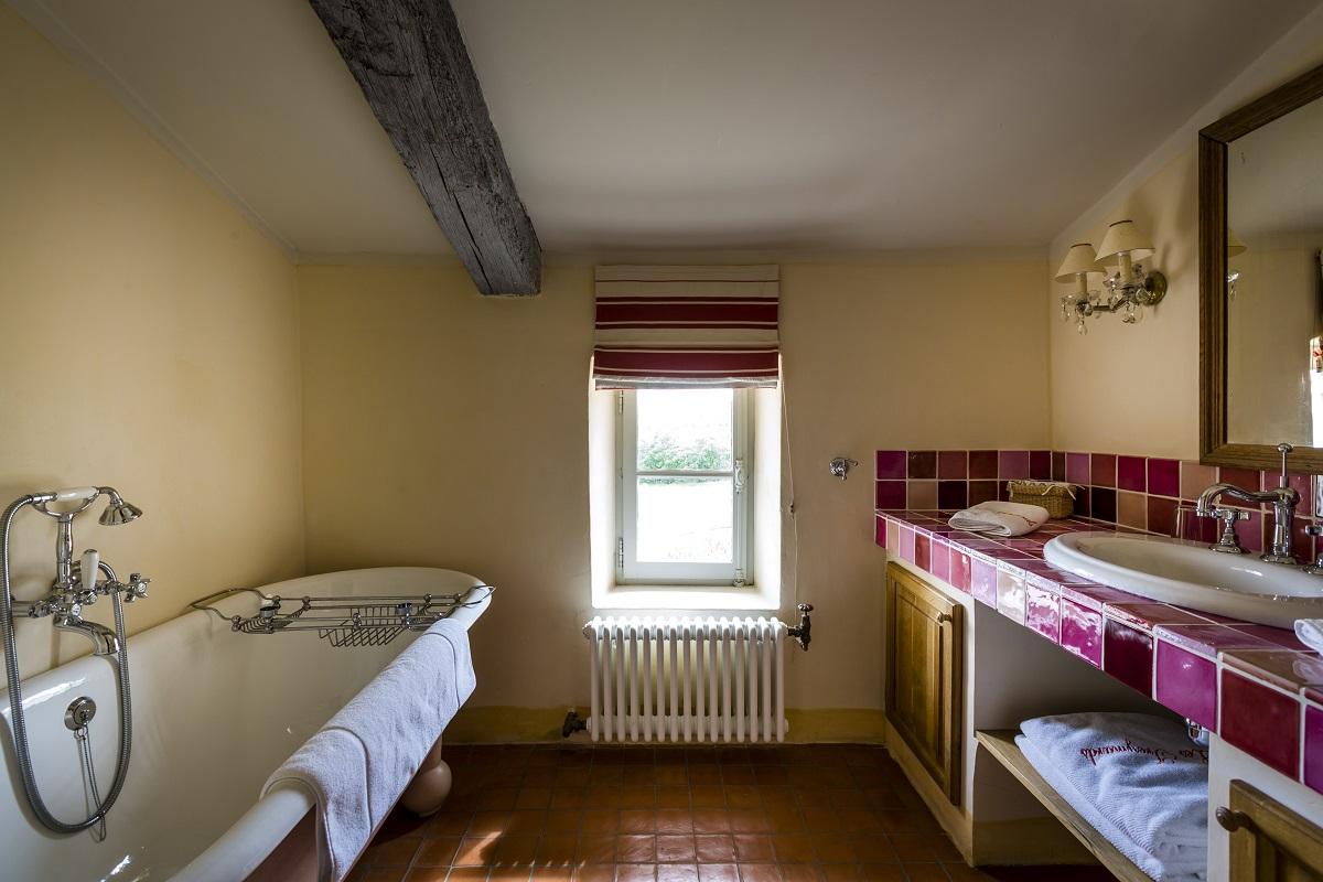 Hameau des Treimars bathroom