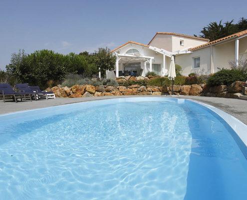 Les Jardins des Sables d Olonne villa pool