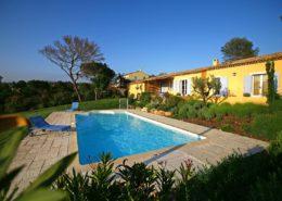 Domaines de St Endréol private pool