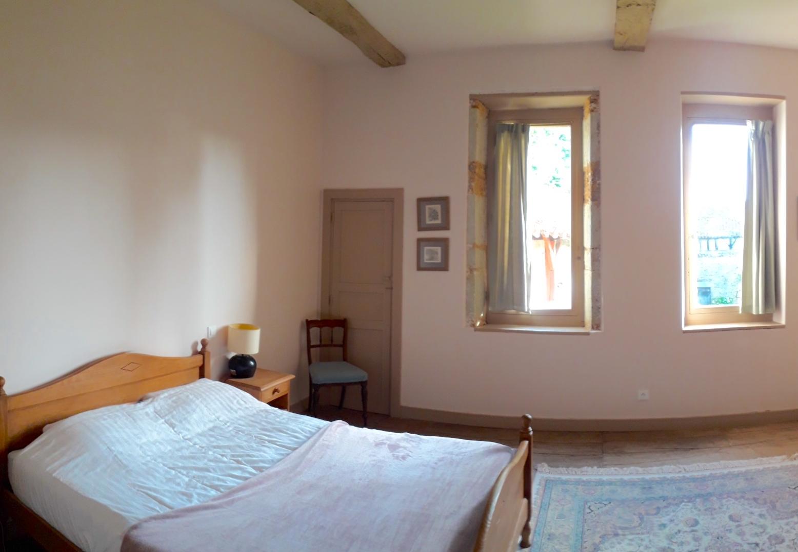 Chateau Duviella bedroom
