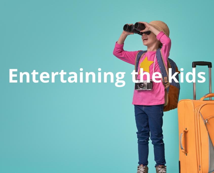 entertaining kids whilst travelling